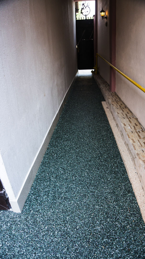 viarustik-stone-carpet-side-walkers